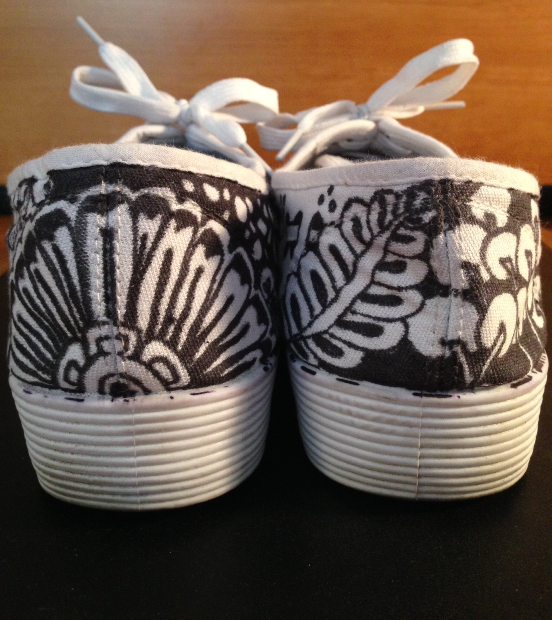 sneakers-back