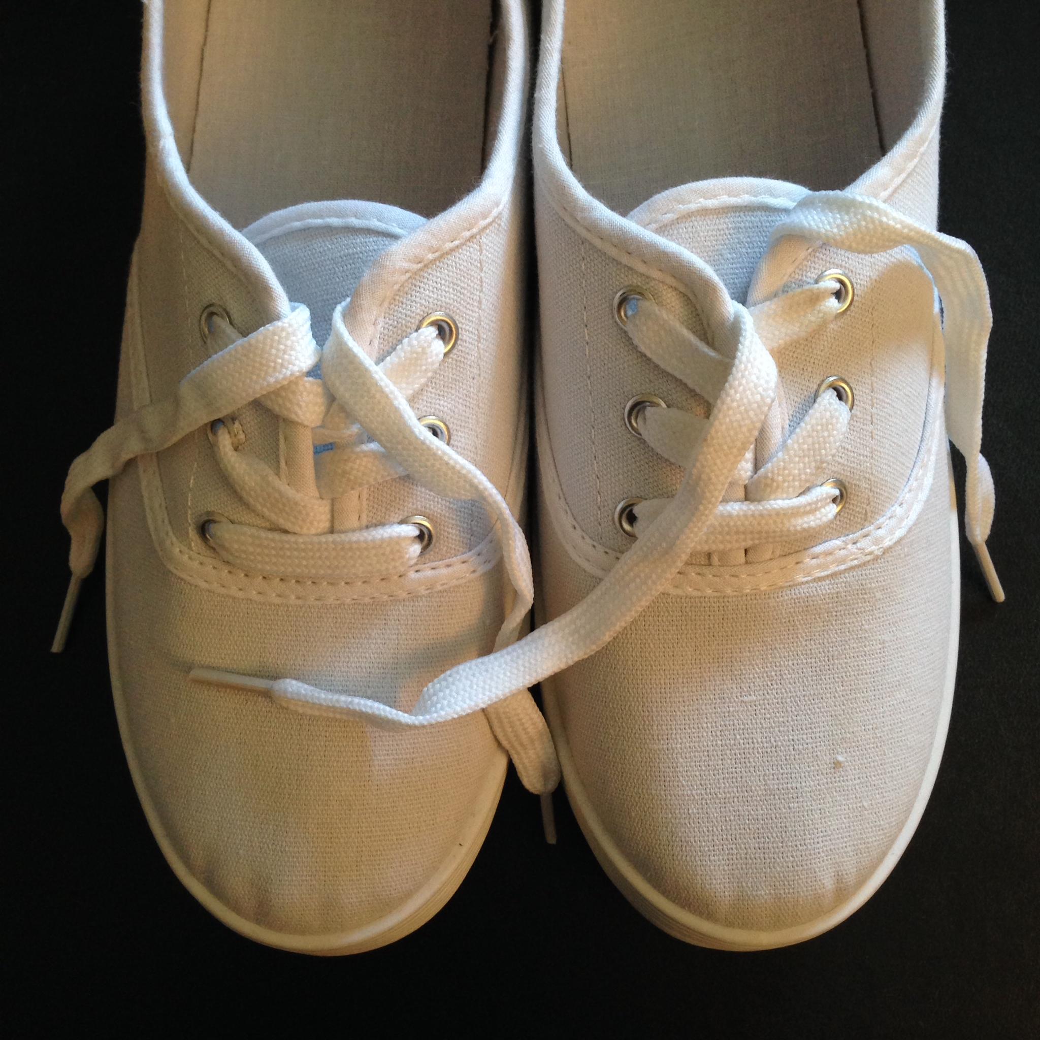 sneakers-plain